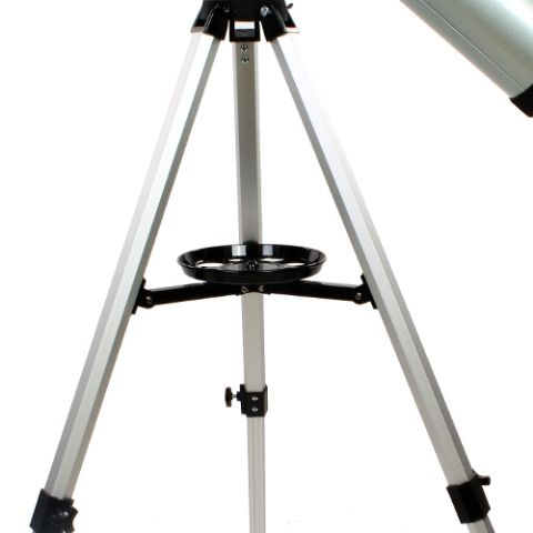 reflecting telescope essay Reflecting vs refracting simplified diagrams of reflecting and refracting  telescopes the refractor has to have an uninterrupted path for light to bend,  while a.